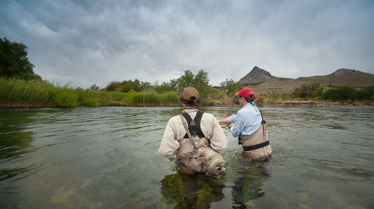 Fly fishing expeditions patagonia golf for Fly fishing patagonia